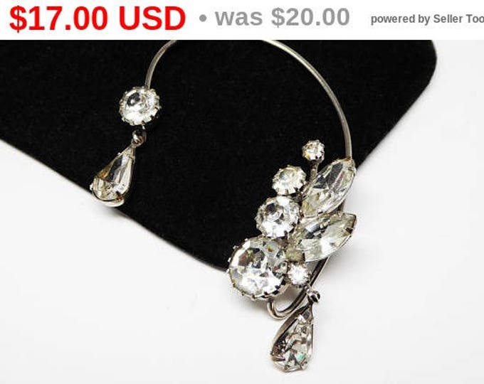 Spring Sale Vintage Ear Cuff - Dangling Rhinestones - Silver Tone with Clear Rhinestone Teardrops, Chatons & Marquis - Vintage 1940's 195...