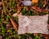 Mocha lace pillow set