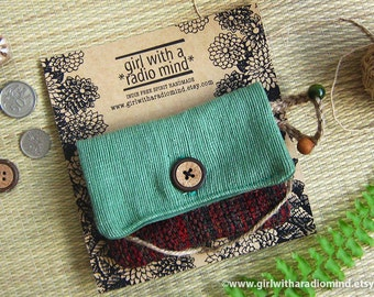 Christmas Coin Purse in Red and Green Texture - Woodland Mini Wallet for Cards and Change