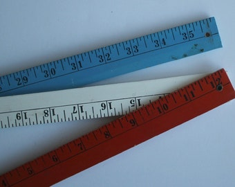 Vintage Folding YARDSTICK...Red White and Blue