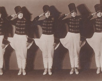 Weimar Era Song and Dance Quintette, The Prinzess Ballet, circa 1930.