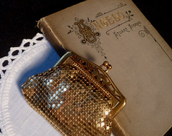 Vintage Gold Mesh Change Purse 1950s