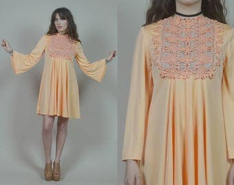 Embroidered Mini Dress 70s Angel Sleeve Peach Sheer Embellished Bib Boho 1970s Minidress Hippie Lilli Diamond / Size M L Medium Large