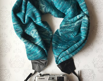 Sweater Scarf Camera Strap, DSLR Camera Strap, Winter, Extra Long, Nikon, Canon, DSLR Photography, Wedding Photographer - Teal Ombre Sweater