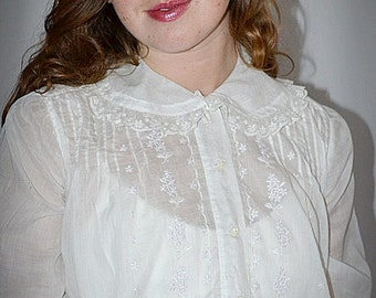 Antique Edwardian Soft Sheer White Cotton Batiste Embroidered Blouse With Delicate Lace Trim 38 Inch Bust