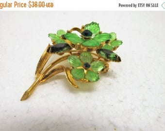 SpringSale17 Vintage Green Molded Lucite Flower Brooch~Lucite Flower Brooch~Green Rhinestone and Gold Tone Floral Bouquet Brooch~Mid Cenury