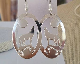 wolf earrings, silver color , animal totem wolf ,  howling wolf,  art jewelry,  handmade earrings, native american, indian jewelry, art gift