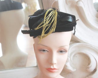 Vintage 1950s Black Velvet Hat with Feathers