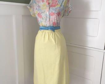 VINTAGE 60s 70s  Light Pale Yellow Cotton Blend A Line Retro Spring Summer Skirt