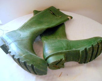 Vintage army green rubber Rain Boots