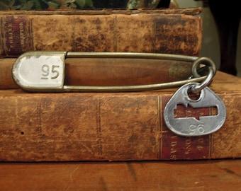"""Vintage 5"""" Large Brass Safety Pin and Tag / Kilt Pin / Laundry Pin / No.95 / Military Laundry Pin / Original Metal Tag / Key Tag Pin"""