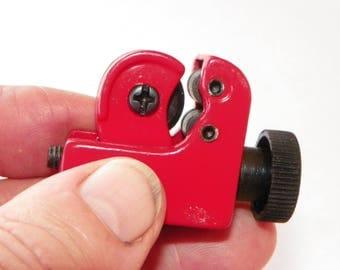 "Mini Tubing Cutter---1/8""  To   5/8"""