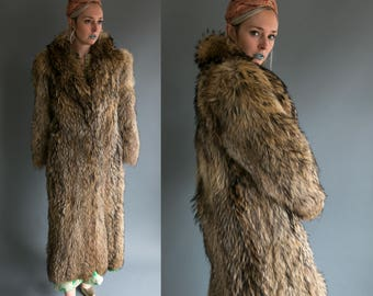 Vintage 70's The Evans Collection Monogrammed Long Racoon Fur Coat Elegant/Luxury Furriers High Fashion Women's Large
