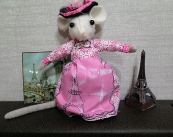 OOAK French Lady Mouse doll in Pink gown and bonnet