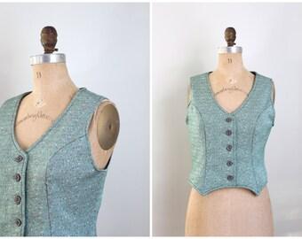 CLEARANCE SALE // vintage 1970s fitted ladies polyester vest - dapper vest / 70s vest - forest green & red vest / Christmas holiday vest