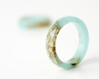 seafoam size 7 thin multifaceted eco resin ring