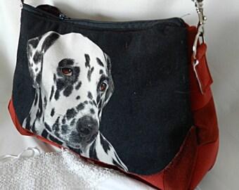 Shoulder bag in burgundy fabric, dalmatian