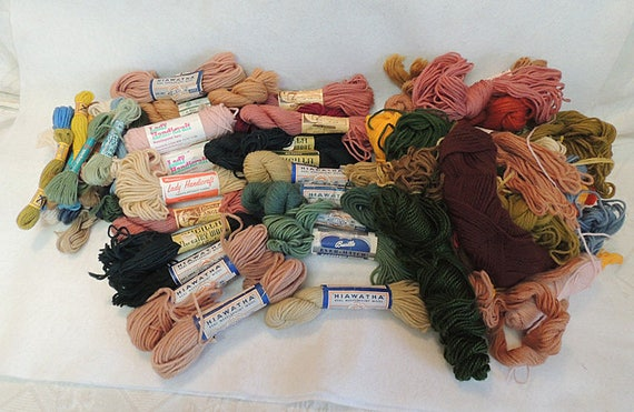 Huge Lot Vintage Tapestry Needlepoint Wool Yarn.. 1000+ Yards.. For Crafts & Sewing