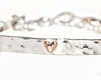 Delicate Hammered silver bracelet with copper heart, dainty silver heart bracelet, love bracelet, anniversary bracelet, bridesmaid bracelet