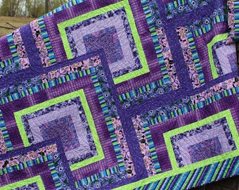Wake up your Imagination with Shades of Purple Log Cabin QUEEN / KING QUILT.  Mother's Day Gift. Pillow covers.