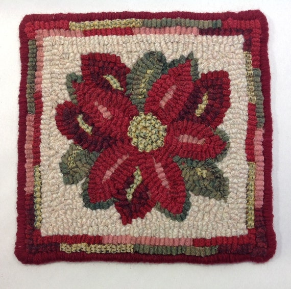 "Rug Hooking PATTERN, Poinsettia Mat, 8"" x 8"", P116,  Flower, Christmas, Winter, Holiday, Pattern"