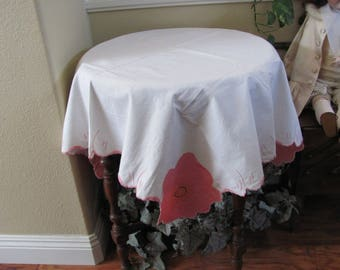 """Table Linens Vintage Solid White Embroidered Applique Linen Cotton Tablecloth - 32"""" Square (#124)"""