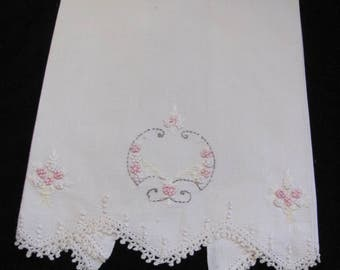 "Vintage Embroidered Cotton Linen Tea Bath Kitchen Hand Towel 15"" x 22"" (#63)"