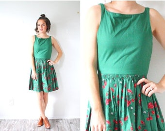 30% OFF EASTER SALE Vintage 60's floral green dress // summer fall dress // tank top dress // dutch full skirt dress // red floral garden 19