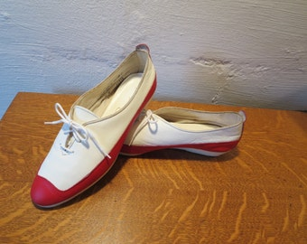 Vintage Red White Leather Oxfords Flats  by Pinwheels USA made SUPER RARE