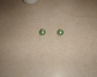 vintage clip on earrings seafoam lucite dots