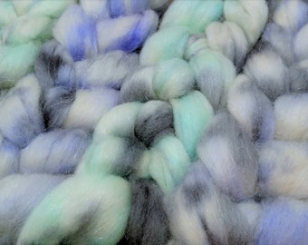Chaotic Polar Ice Plying Pack 4oz BFL Blue Faced Leicester Wool Firestar Spinning Fiber Combed Top Roving Pale Aqua Purple Gray White