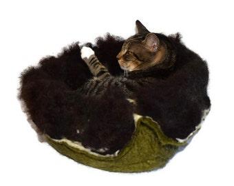 Cruelty Free, Navajo Churro, Cat Bed, Cat Basket, Wool Cat Bed, Fleece Cat Bed, Cat Pod, Cat Cave, Felted Pet Bed, Dog , Natural, Cat Nest