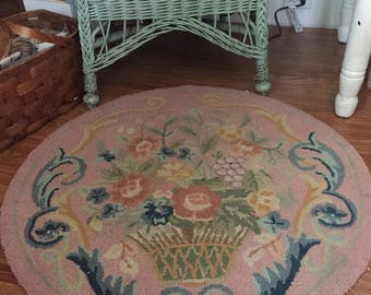 Hooked rug estate sale find 3ft round huge floral basket