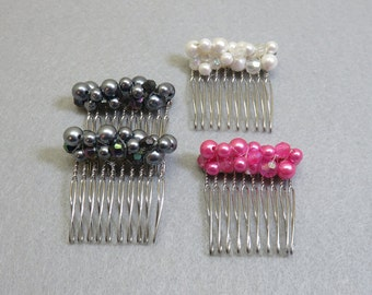 4 Faux Pearl Hair Combs , Vintage, White, Pink, Gray
