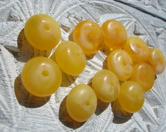 Moroccan small mottled yellow resin round beads