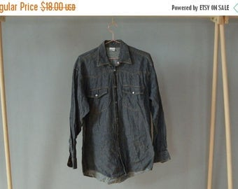 SALE Grey Denim Shirt Men's jeans shirt Vintage 90's long sleeve shirt