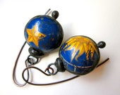 Don't Let Anybody Tell You Different -primitive vintage soldered blue gold astrology star sun tin hollow scratch bauble black metal earrings