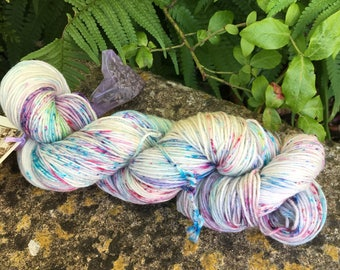 "100grms hand painted merino/nylon yarn "" Mayhem """