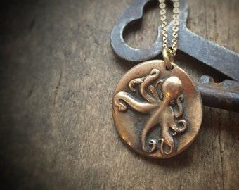 Octopus Necklace, Kraken Jewelry, Octopus Tentacle Beach Jewelry, Boho Jewelry, Gold Necklace Ocean Jewelry