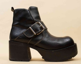 90s Vtg Black Genuine Leather Buckle Mega Platform Chunk Heel Boots / Motorcycle Biker Punk Grunge Zip Up 8 8.5 EU 38.5 39