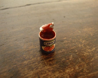 miniature, cans, tomato sauce, open 1 piece