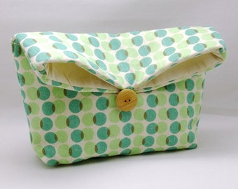 Foldover clutch, Fold over bag, clutch purse, evening clutch, wedding purse, bridesmaid gifts - Green dots (Ref. FC58 )