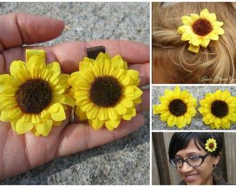Small sunflower hair flower clip, miniature, hair flower