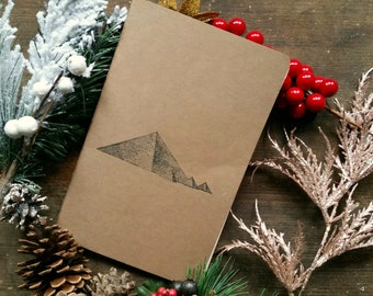 Blank notebook / journal (large), cardboard cover, 32 pages, rounded corners, cotton sheets, stitched spine, sketching/writing