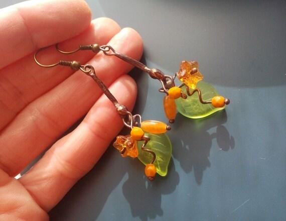 Wire earrings, flower jewelry, fashion jewelry, gift for women, yellow honey earring, copper wire earrings, Bouquet