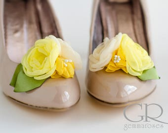 Shoe Clips in Ivory and Yellow - Floral Shoe Clips  - Bridal Shoe Clips - Wedding Shoe Clips- shoe decoration