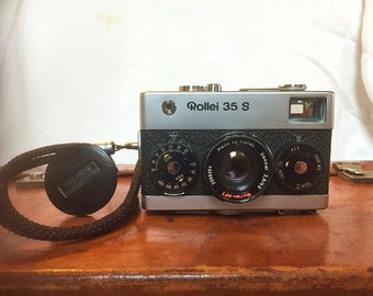 Rollei 35s Vintage Camera Silver & Black with hft Sonnar S Lens + Strap ***** 20%Price Reduction