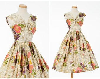 Vintage Floral Novelty Dress // Darling 1950s Gold Metallic Accent Full Skirt Dress By Gracette Small