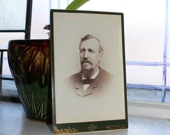 Antique Photograph Victorian Man 1800s Cabinet Card