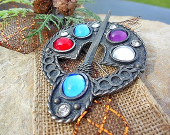 Art Pin, Art Brooch, Wearable Art, Cute Pin, Art Accessories, Jewelry Art, Rhinestone Pin, Decorative Pin, Metal Findings, Jewelry Findings